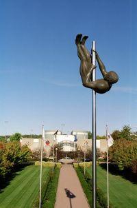 AIS administration building Pole Vaulter statue 2002