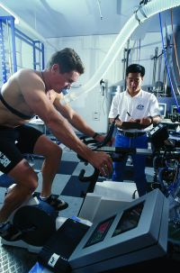 AIS Sports Science Laboratory 1999 - Gary Slater and Hamilton Lee oxygen update testing