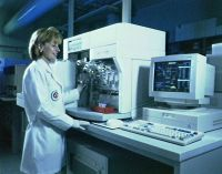 Kim Elliott using the Techitron HCT3 blood analyser 1997