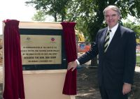 New AIS pool sod turning ceremony - Senator Rod Kemp, Minister for the Arts and Sport 2004